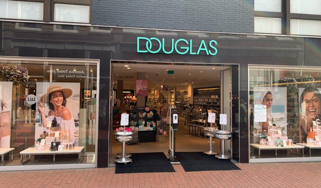 Etalages Douglas